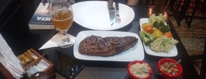 Big Boss Bistrô & Grill is one of สถานที่ที่ Alex ถูกใจ.