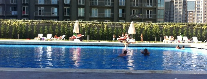 İnnovia 2 E Bloklar Havuzu is one of สถานที่ที่ Murat ถูกใจ.