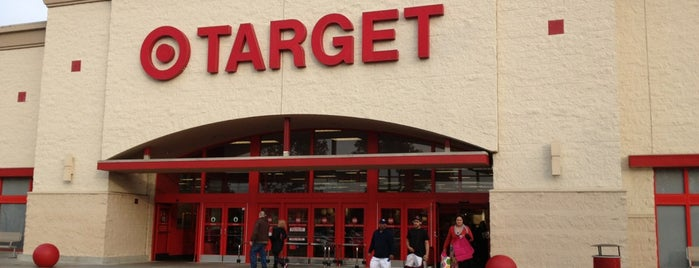Target is one of สถานที่ที่ Jamie ถูกใจ.