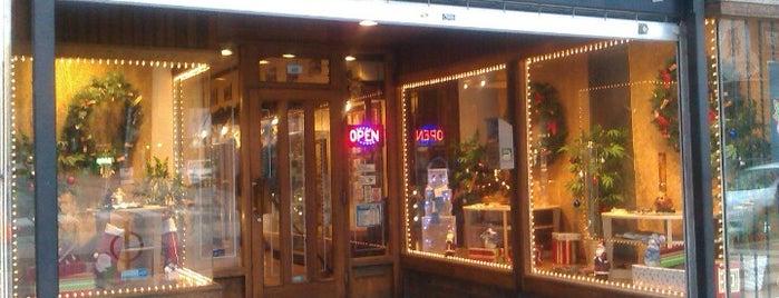 Friendly Stranger - Cannabis Culture Shop is one of สถานที่ที่บันทึกไว้ของ Scully.