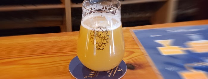 The Alementary Brewing Company is one of Lieux sauvegardés par Andrea.
