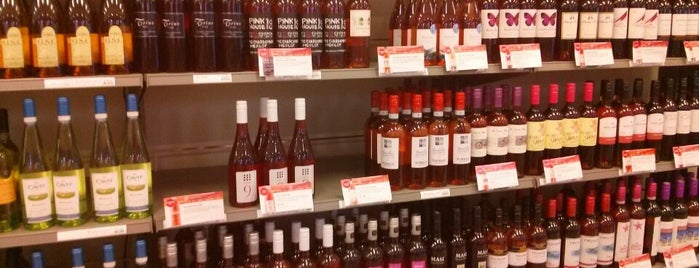 LCBO is one of Compras.