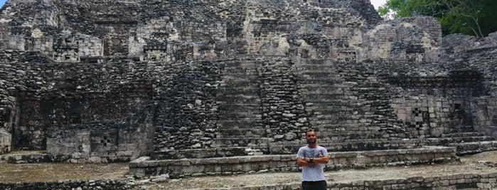 Zona Arqueológica Becán is one of Tempat yang Disukai Jorge.