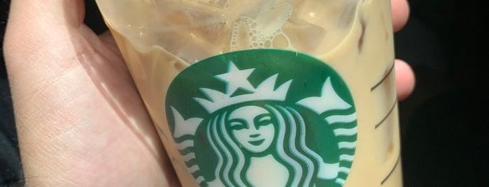 Starbucks is one of Orte, die Samah gefallen.