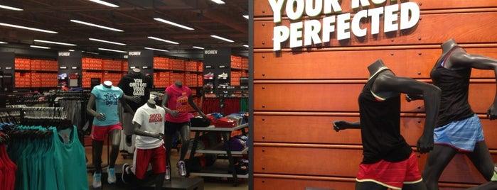Nike Factory Store is one of Lugares favoritos de Sergio M. 🇲🇽🇧🇷🇱🇷.
