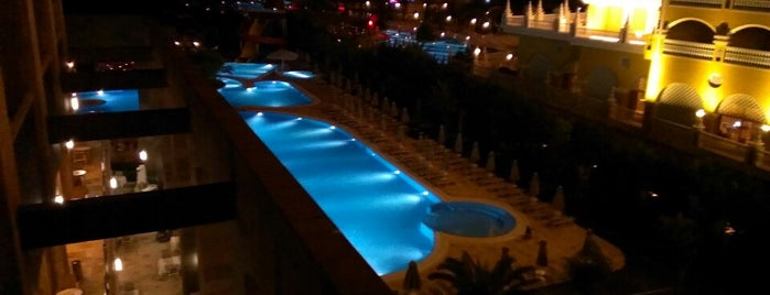 Hotel Melas Lara is one of Posti che sono piaciuti a Nurten.