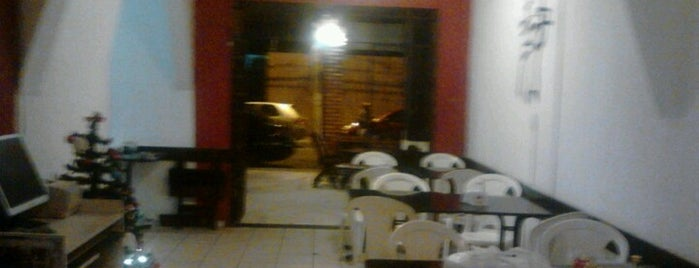 Laulin Restaurante e Sushibar is one of Tempat yang Disimpan George.