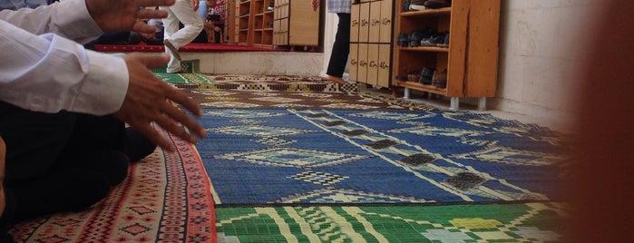 Damat Süleyman Paşa Camii is one of Urfa to Do List.