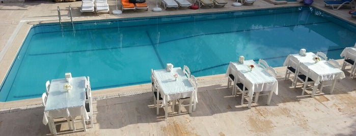 Aliş Hotel is one of cem : понравившиеся места.