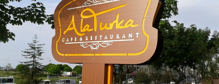 Alaturka P&B Kafe &Restaurant is one of Lieux qui ont plu à Namik.