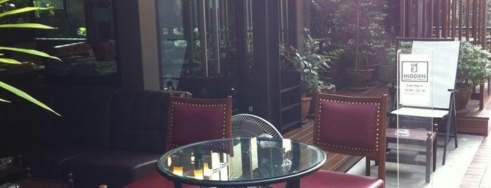 ฮ Hidden Cafe is one of darunee 🌸's Liked Places.