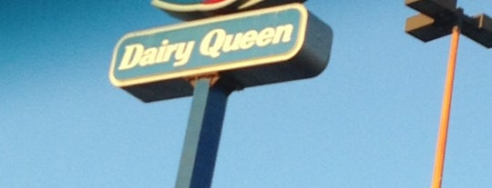Dairy Queen is one of Locais curtidos por Erin.