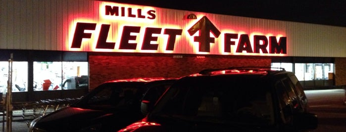 Mills Fleet Farm is one of Rob 님이 좋아한 장소.