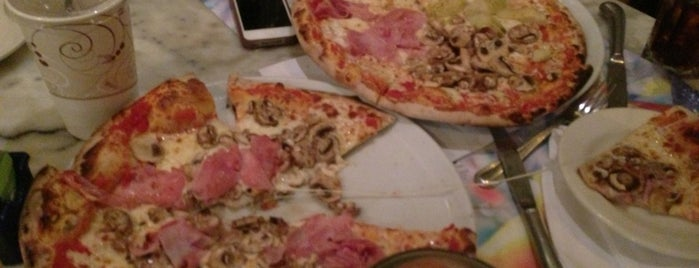 Spris Pizza is one of Miami Restaurants.