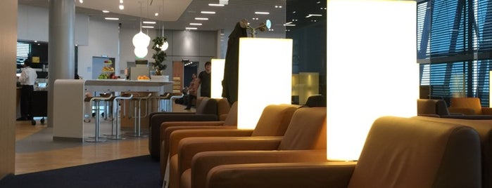 Lufthansa Senator Lounge is one of Panagiotisさんのお気に入りスポット.