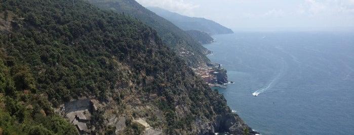 Sentiero Azzurro (Monterosso - Vernazza) is one of Italy.