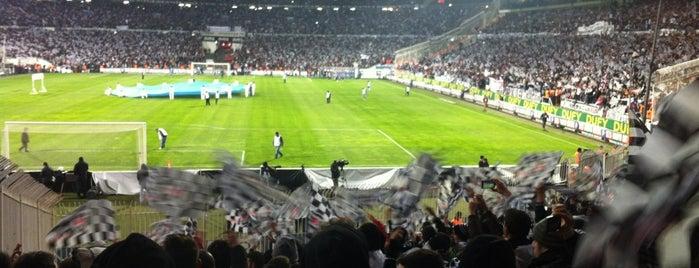 Beşiktaş İnönü Stadı Eski Açık Tribün is one of Beşiktaş JK.