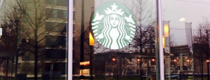 Starbucks is one of Mariannaさんのお気に入りスポット.