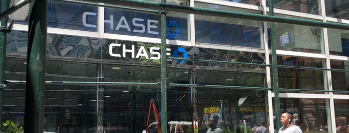 Chase Bank is one of Posti che sono piaciuti a Karen.