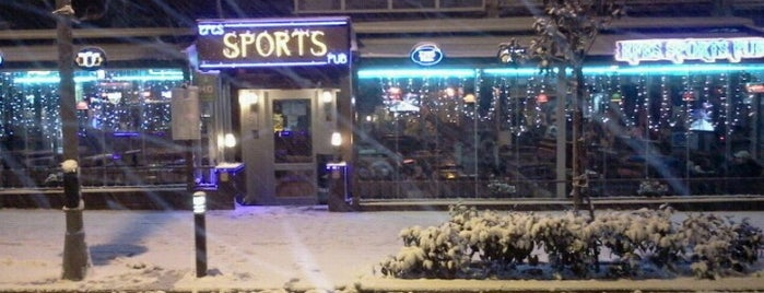 Sports Pub is one of alev.