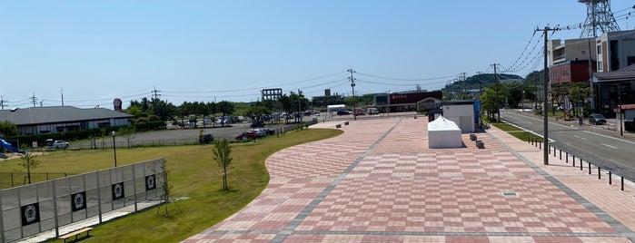 Oga Station is one of JR 키타토호쿠지방역 (JR 北東北地方の駅).