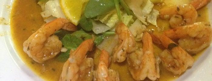 Layla's Restaurant is one of Puerto Vallarta.