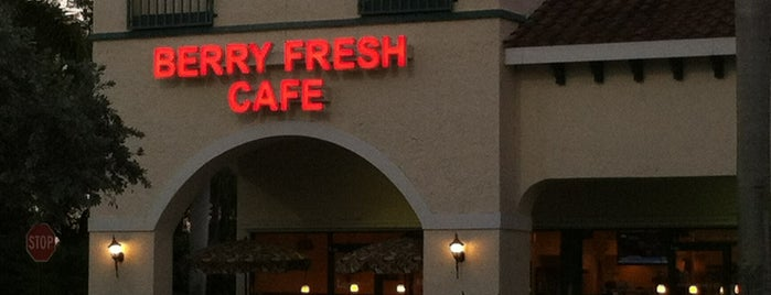 Berry Fresh Cafe Jupiter is one of SoFlo spots.