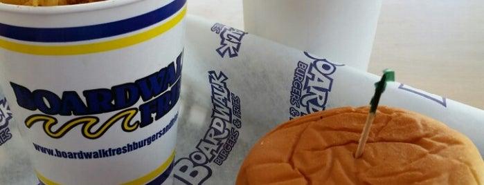 Boardwalk Burgers & Fries is one of To taste in Riyadh.