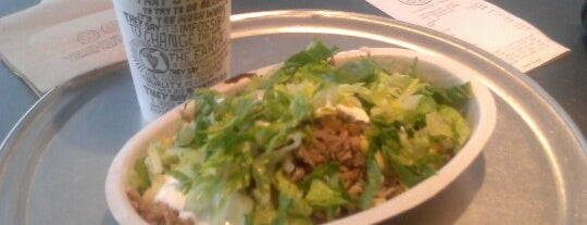 Chipotle Mexican Grill is one of Locais curtidos por Jai.