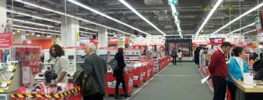 Media Markt is one of selanus'un Beğendiği Mekanlar.