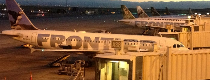 Frontier Airlines is one of Lugares guardados de Tim.