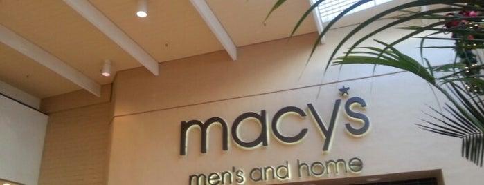 Macy's Mens Store is one of Lugares favoritos de Alberto J S.