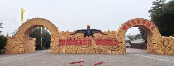Dinosaur World is one of Lugares favoritos de Trevor.