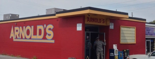 Arnold's Country Kitchen is one of Nashville.