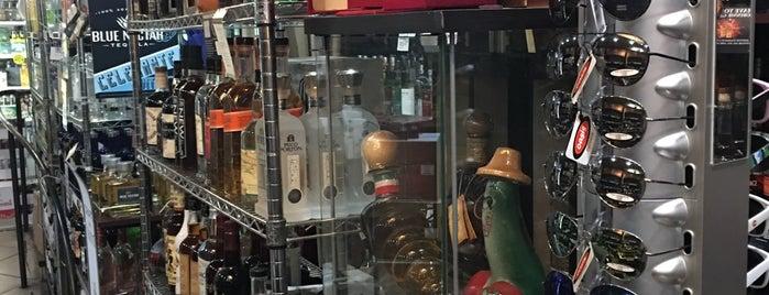 Galleria Wine & Liquor is one of Posti che sono piaciuti a Brandon.