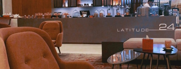 Latitude 24 - Le Meridien Lobby is one of To try...