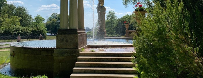 Park Glienicke is one of Lieblingsorte + Leckeres.