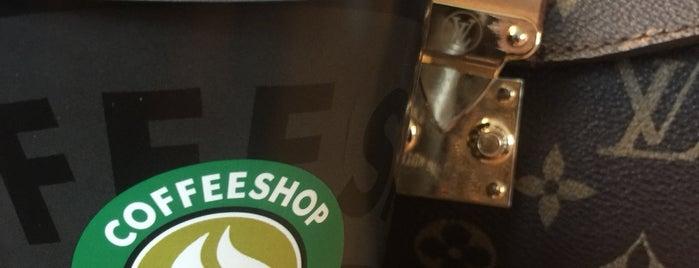 Coffeshop Company is one of Posti che sono piaciuti a Zeynep.