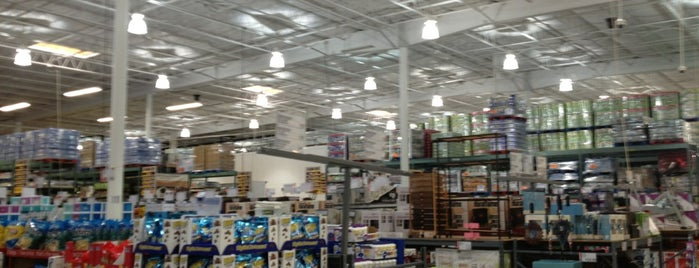 BJ's Wholesale Club is one of Marciaさんのお気に入りスポット.