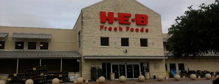 H-E-B is one of Orte, die A gefallen.