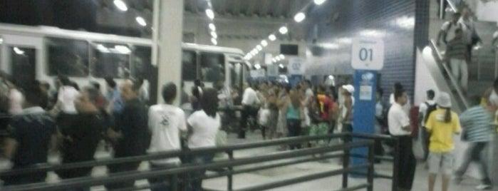 Terminal Integrado Tancredo Neves is one of Lugares recomendados.