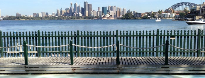 Maccallum Pool is one of Sydney to-do list.