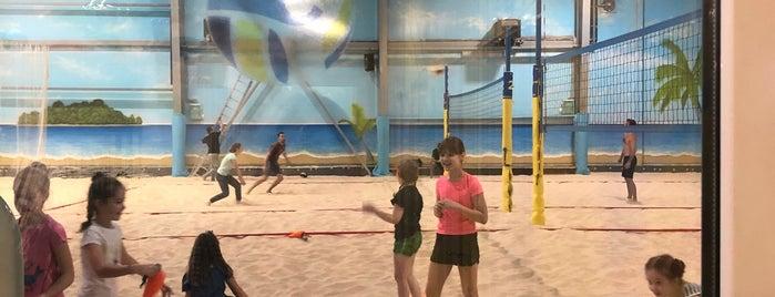 Всесезонный центр пляжного спорта «Песок» is one of Posti che sono piaciuti a Consta.