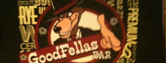 GoodFellas Bar is one of Locais curtidos por Bianca.