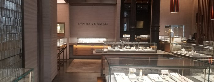 David Yurman is one of Orte, die Winnie gefallen.
