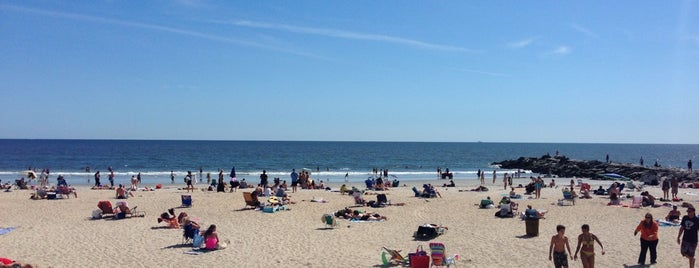 Rockaway Beach - 86th Street is one of queens: beach.