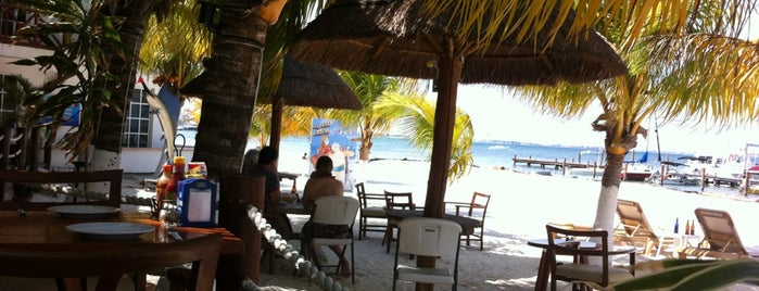 Cocos & Grill is one of Cancún.