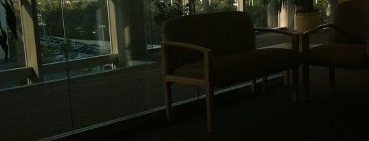Kaiser Permanente Hospital is one of Posti che sono piaciuti a Vera.