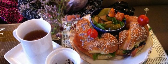 Thé des écrivains is one of Healthy & Veggie Food in Paris.