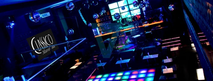 Classico Sur is one of best night clubs.